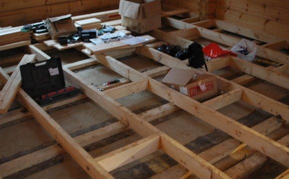 Підлоги в дерев'яному будинку: яке