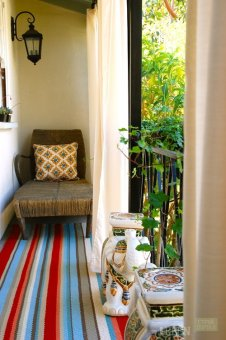 eclectic-porch