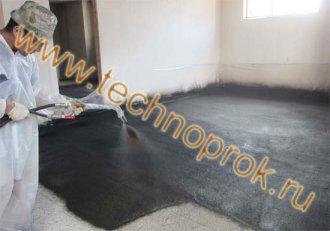 Холодне нанесення рідкої гуми для гідроізоляції підлоги